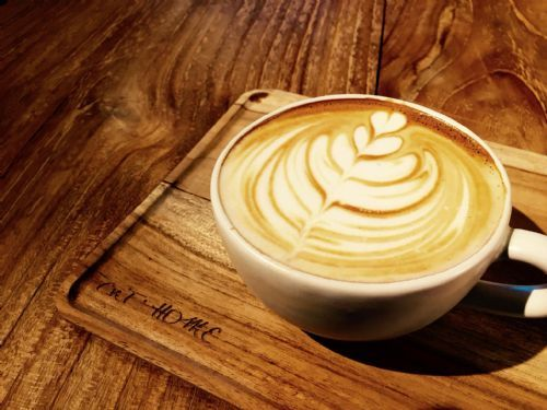自烘豆咖啡拿鐵