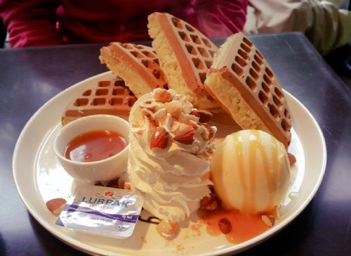 鹽味焦糖冰淇淋鬆餅